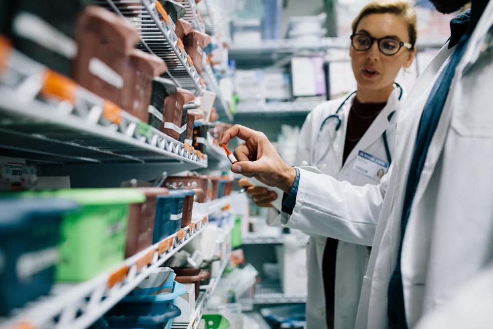 Validador de prescrições e atestados médicos digitais garante segurança na relação médico, paciente e farmacêuticos