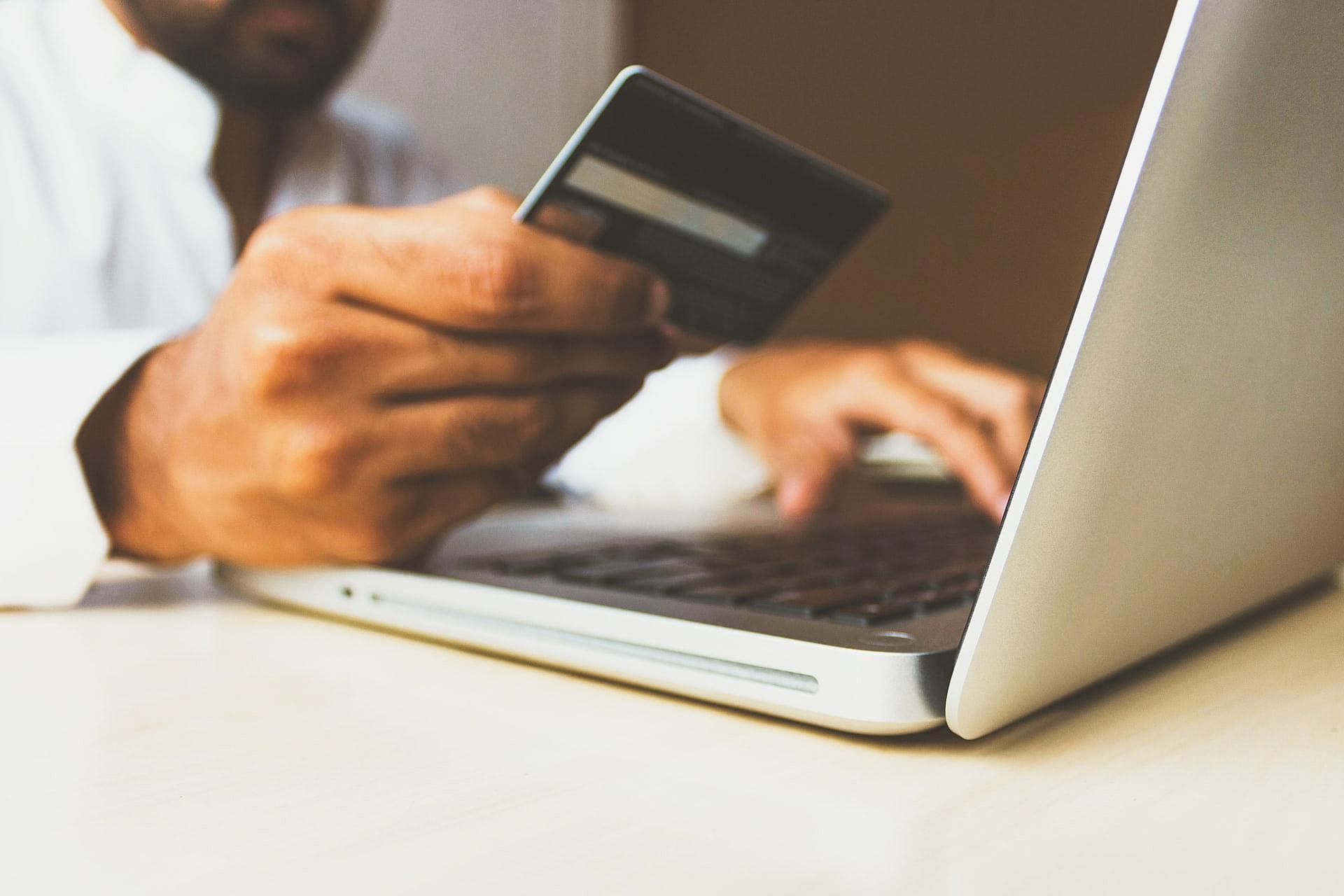 Como realizar a cobrança de clientes da melhor forma possível?